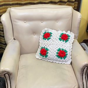 Handmade knit crochet pillow throw holly vintage